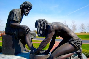 foot washing statue